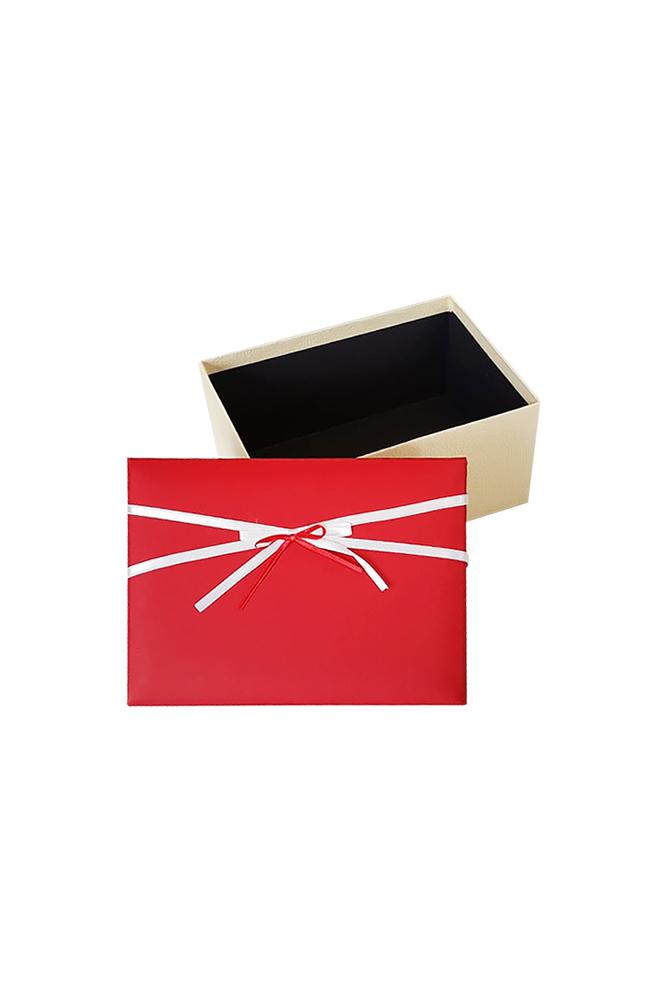 Kırmızı Beyaz Kurdeleli Krem Hediye Kutusu 19,5 x 13,5 x 9cm 1 Adet - Thumbnail